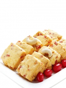 Fruit Biscuit (Karachi Bakery, Hyderabad)
